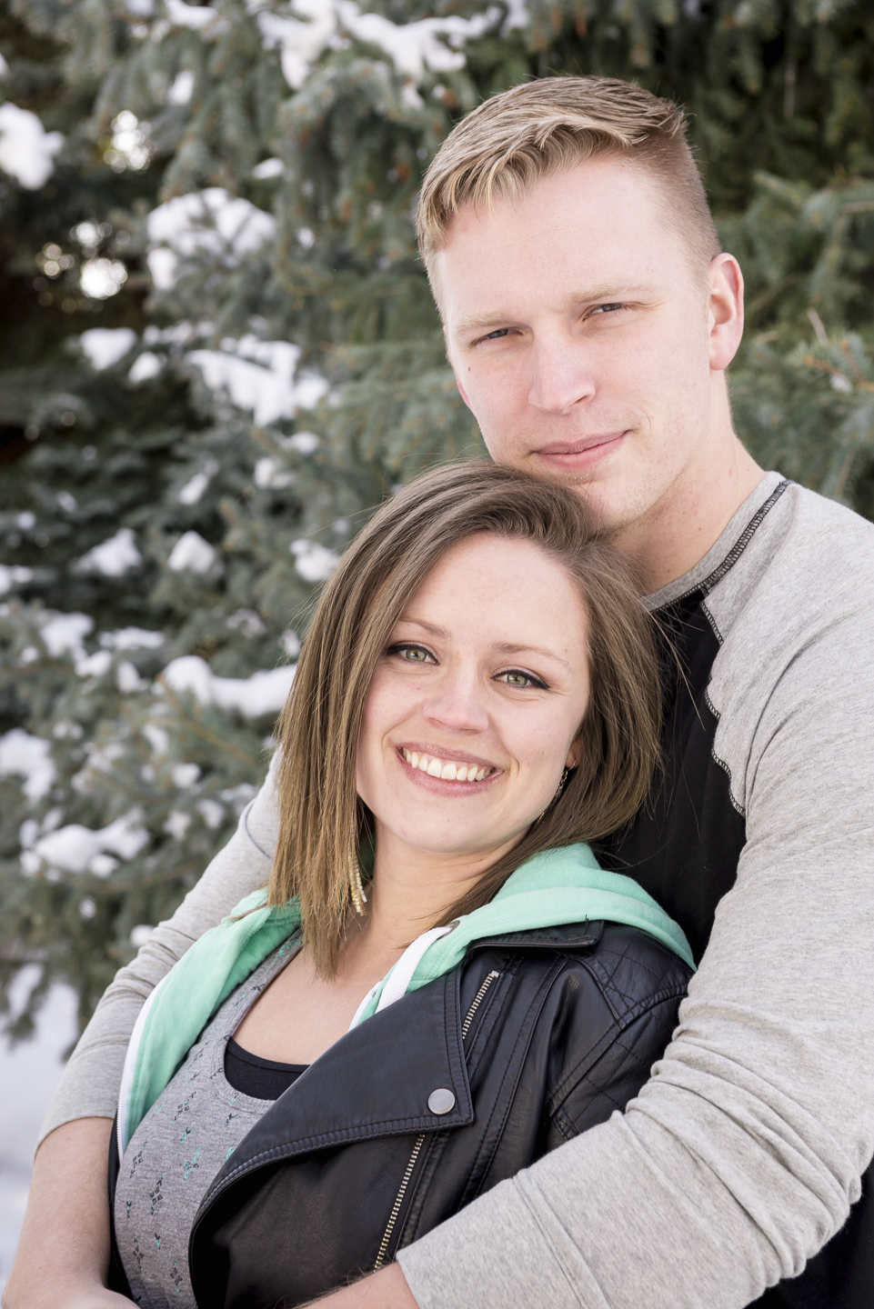 savage_couple_portrait_snow_pine_utah_Christin-2.jpg
