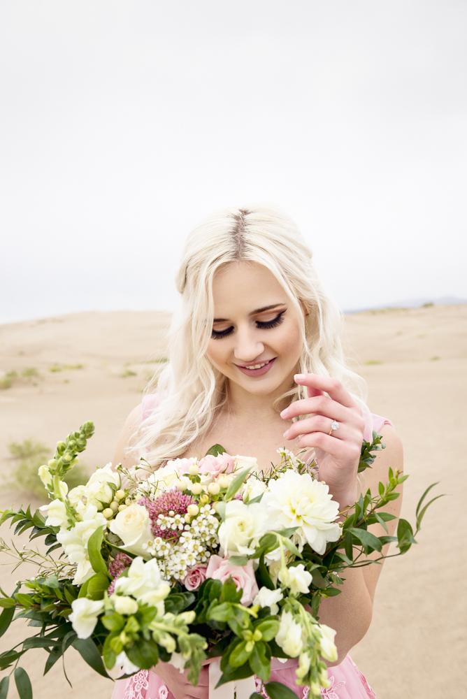 sand_dunes_pink_utah_fashion_bridal-7.jpg