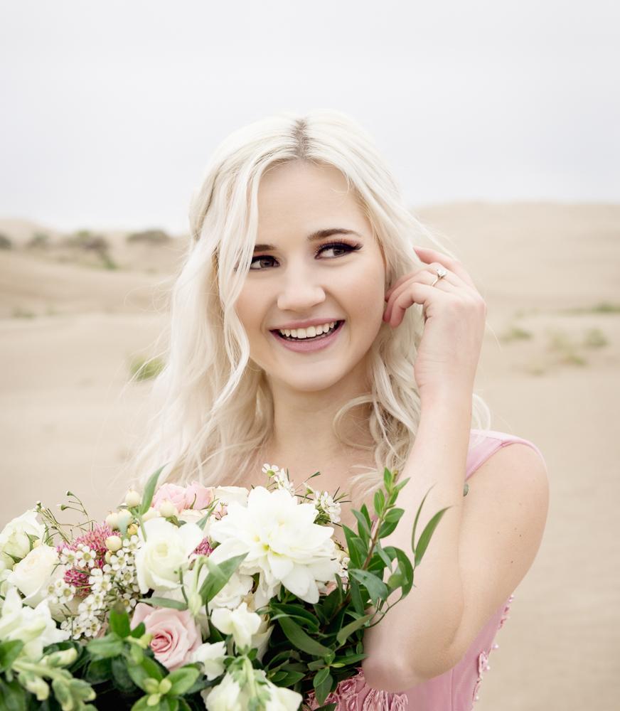 sand_dunes_pink_utah_fashion_bridal-8.jpg