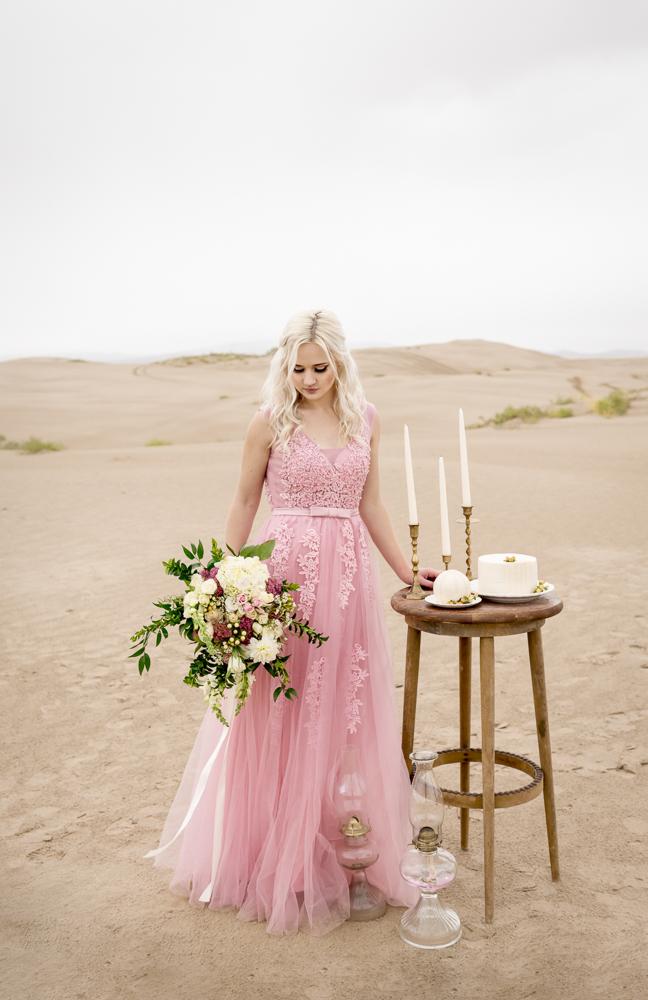 sand_dunes_pink_utah_fashion_bridal-20.jpg