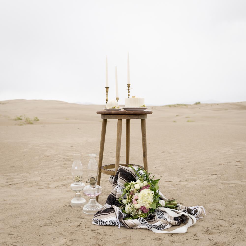 sand_dunes_pink_utah_fashion_bridal-25.jpg
