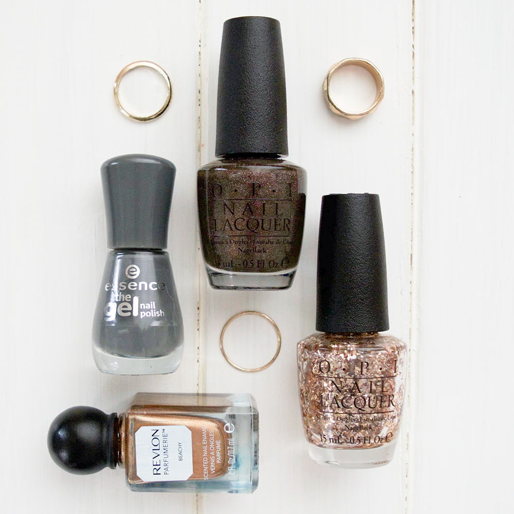 Best christmas nail polish colors