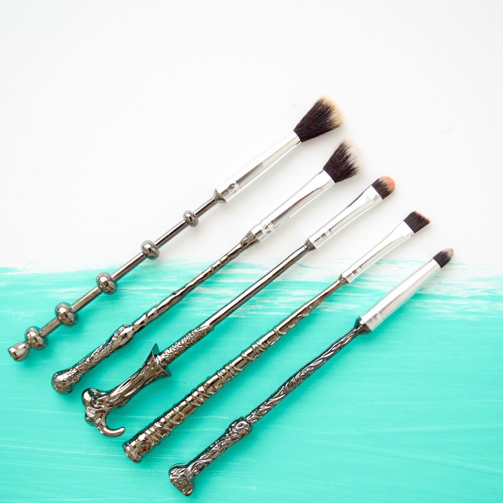 Harry Potter Makeup Wands | Storybook Cosmetics | geeky beauty | Mercuteify
