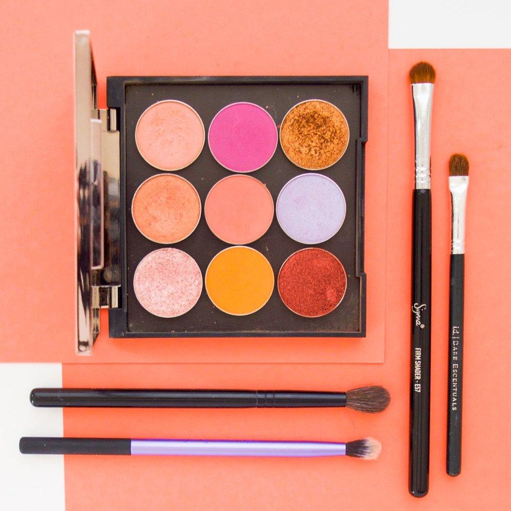 bold eyeshadow | Bright eyeshadow | Non Neutral eyeshadow | Eyeshadow for brow eyes