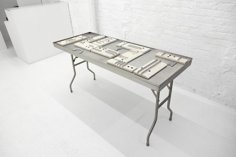 Table HR.jpg