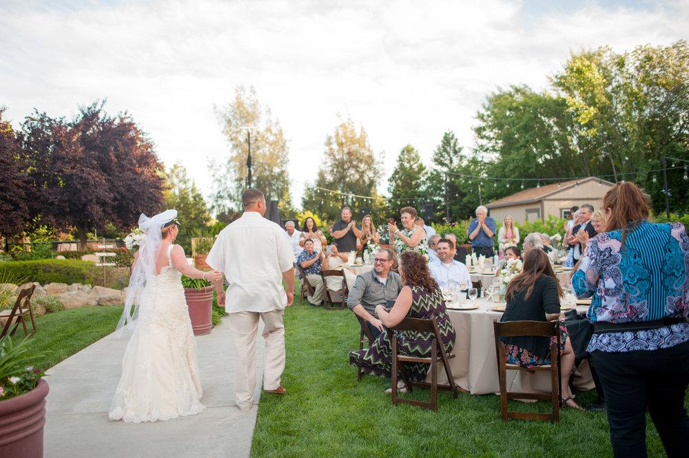 kirsten-jay-064-diy-backyard-sacramento-wedding-photographer-katherine-nicole-photography.JPG