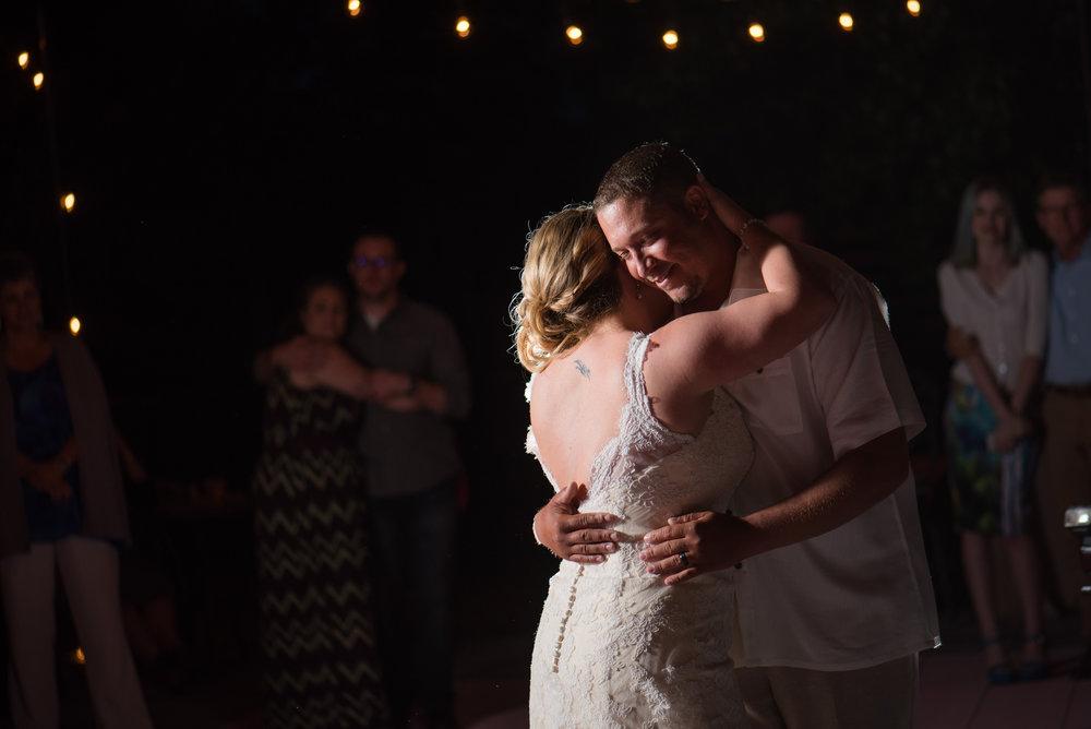 kirsten-jay-074-diy-backyard-sacramento-wedding-photographer-katherine-nicole-photography.JPG