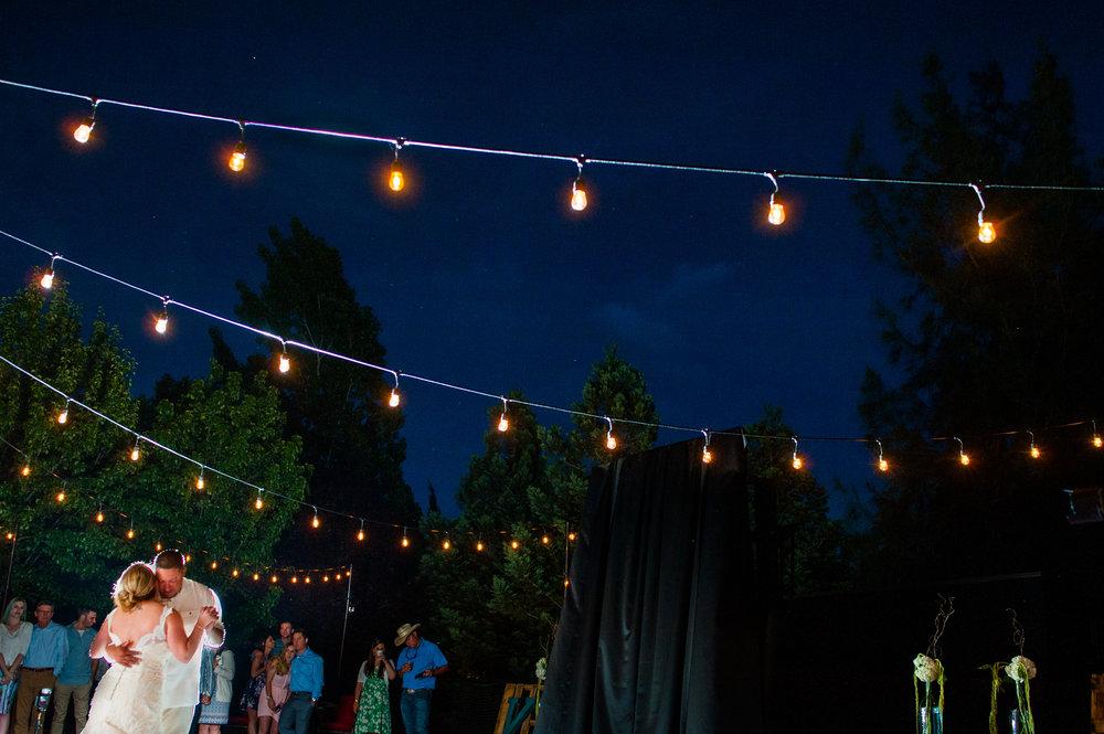 kirsten-jay-075-diy-backyard-sacramento-wedding-photographer-katherine-nicole-photography.JPG