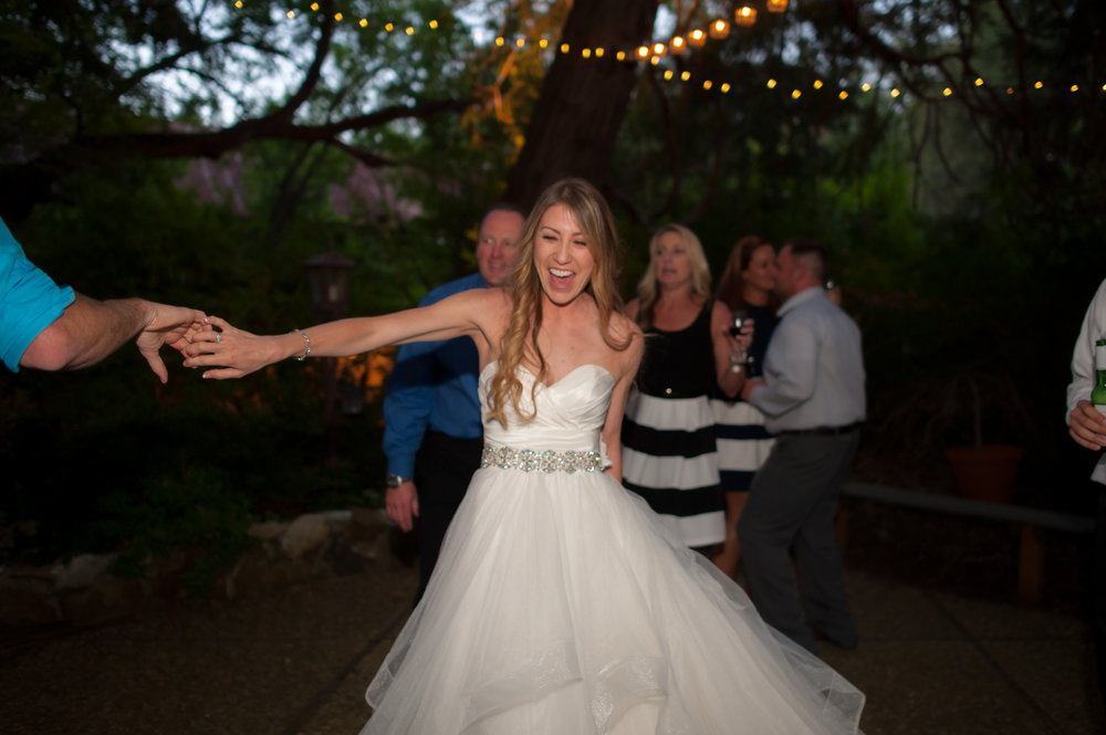 nicole-luke-044-onte-verde-inn-foresthill-wedding-photographer-katherine-nicole-photography.JPG