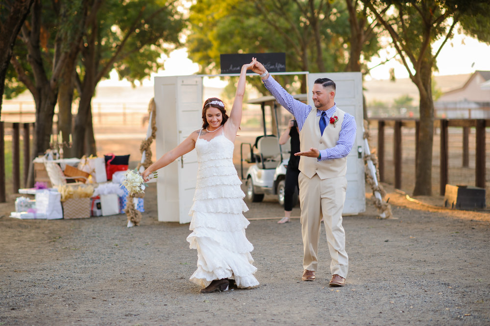 carly-geoff-028-horse-ranch-western-sacramento-wedding-photographer-katherine-nicole-photography.JPG