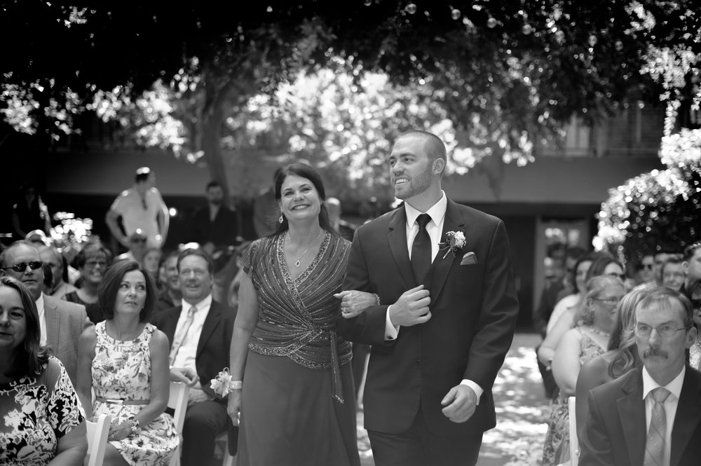 jenelle-brian-001-courtyard-d'oro-old-sacramento-wedding-photographer-katherine-nicole-photography017.JPG