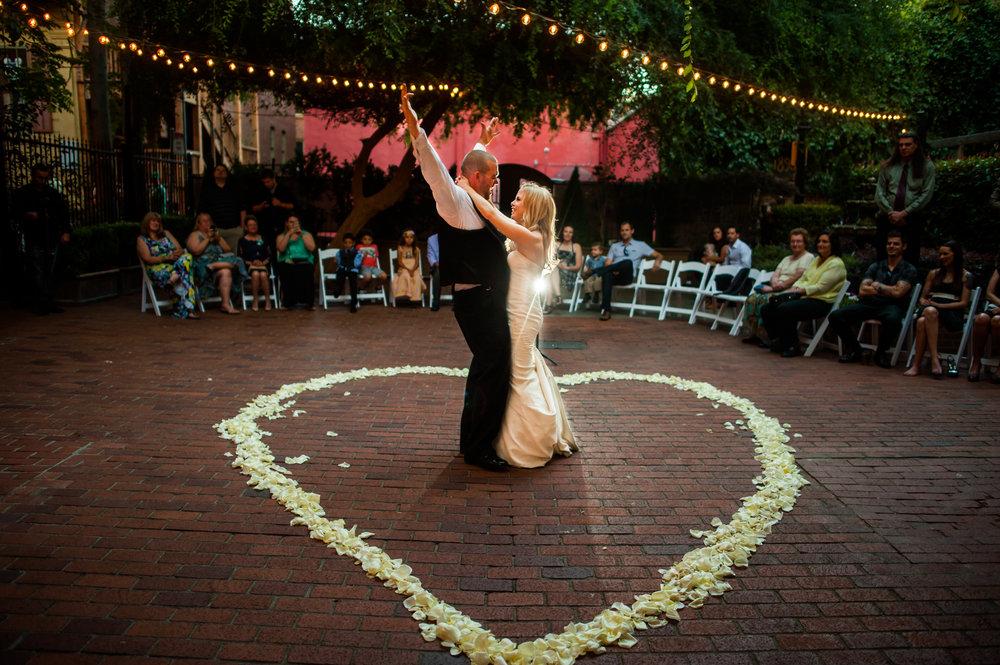 jenelle-brian-001-courtyard-d'oro-old-sacramento-wedding-photographer-katherine-nicole-photography037.JPG