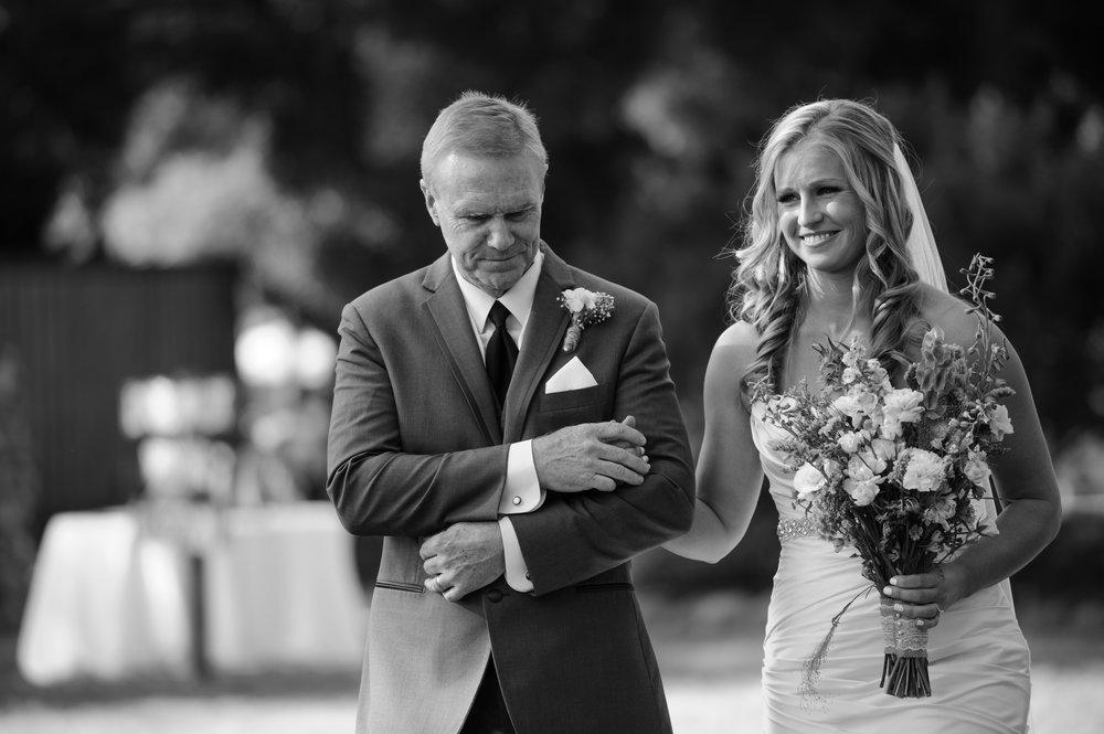 lindsey-alex-014-backyard-sacramento-wedding-photographer-katherine-nicole-photography.JPG