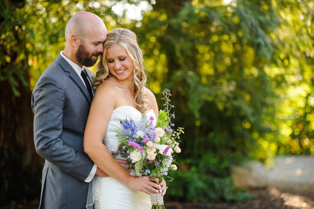 lindsey-alex-022-backyard-sacramento-wedding-photographer-katherine-nicole-photography.JPG