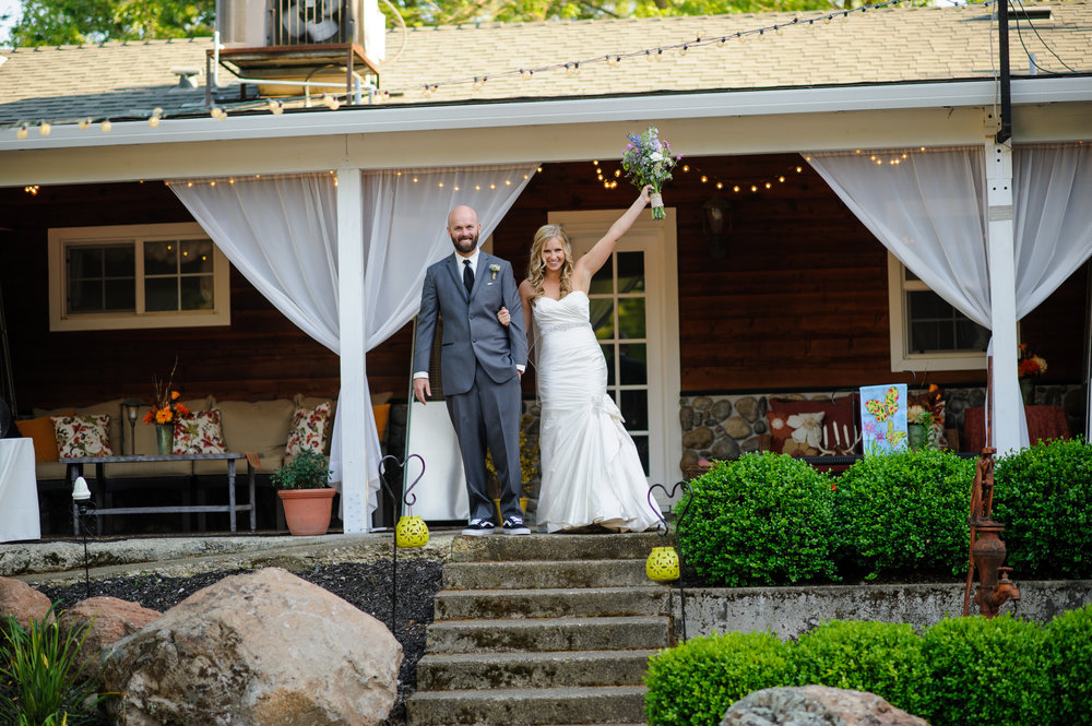 lindsey-alex-025-backyard-sacramento-wedding-photographer-katherine-nicole-photography.JPG