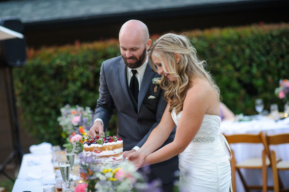 lindsey-alex-026-backyard-sacramento-wedding-photographer-katherine-nicole-photography.JPG