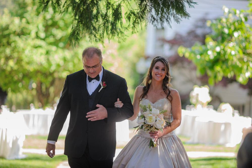 lindsey-charlie-062-monte-verde-inn-foresthill-wedding-photographer-katherine-nicole-photography.JPG