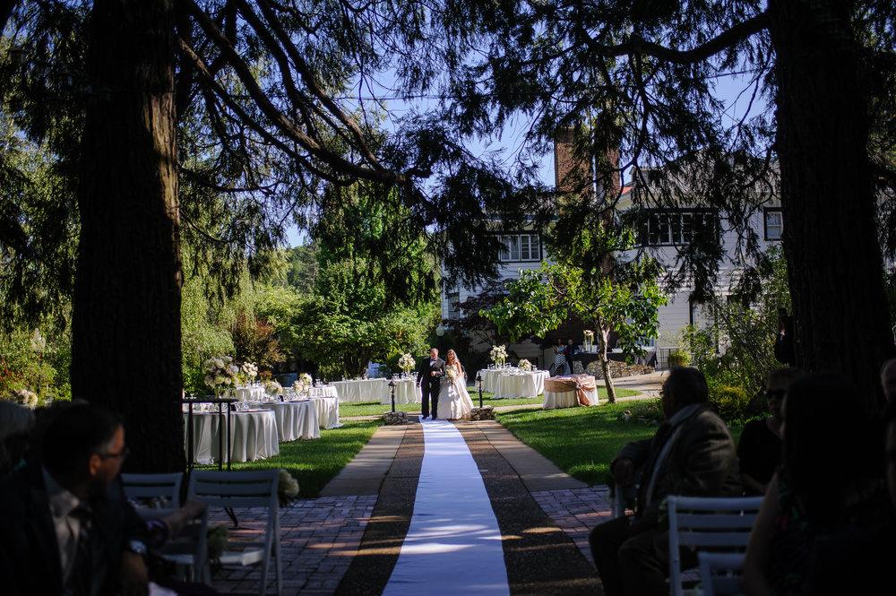 lindsey-charlie-061-monte-verde-inn-foresthill-wedding-photographer-katherine-nicole-photography.JPG