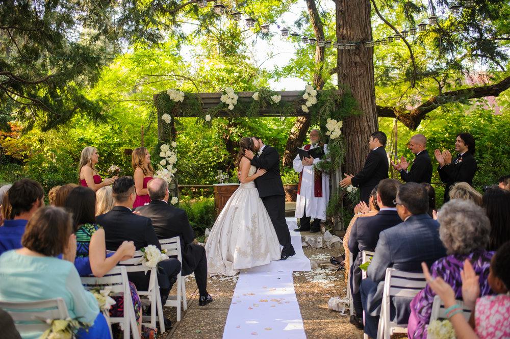 lindsey-charlie-068-monte-verde-inn-foresthill-wedding-photographer-katherine-nicole-photography.JPG