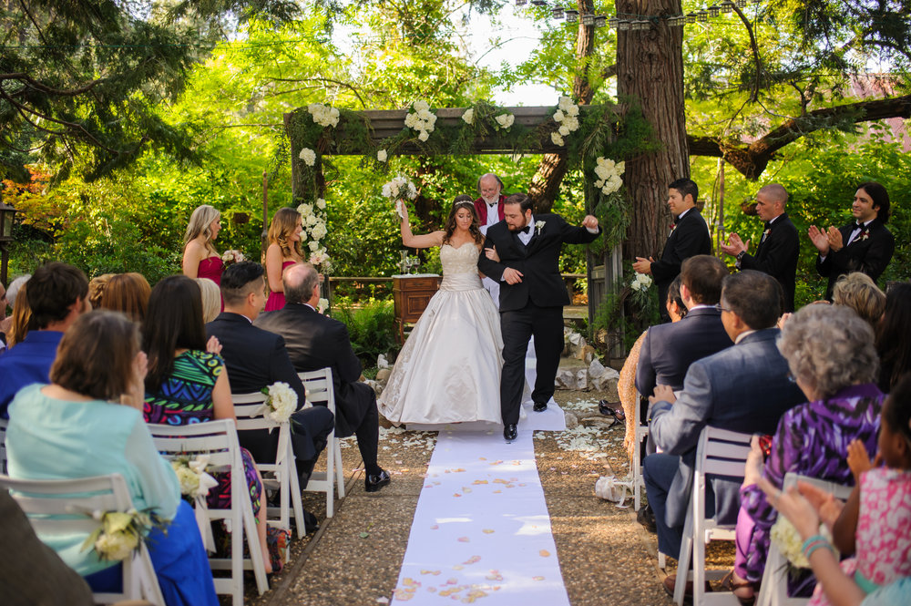 lindsey-charlie-069-monte-verde-inn-foresthill-wedding-photographer-katherine-nicole-photography.JPG