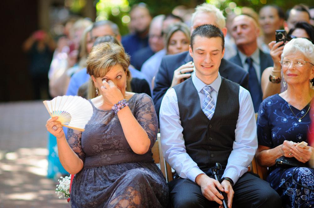 beth-mark-015-courtyard-d'oro-old-sacramento-wedding-photographer-katherine-nicole-photography.JPG