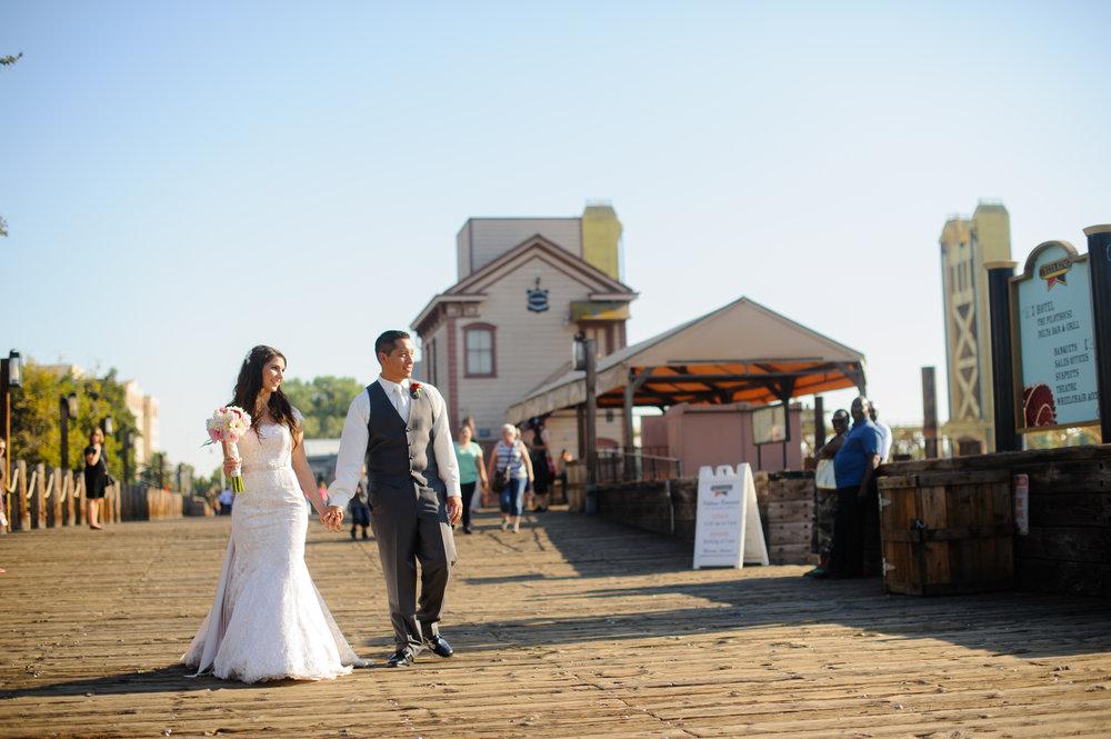 beth-mark-020-courtyard-d'oro-old-sacramento-wedding-photographer-katherine-nicole-photography.JPG