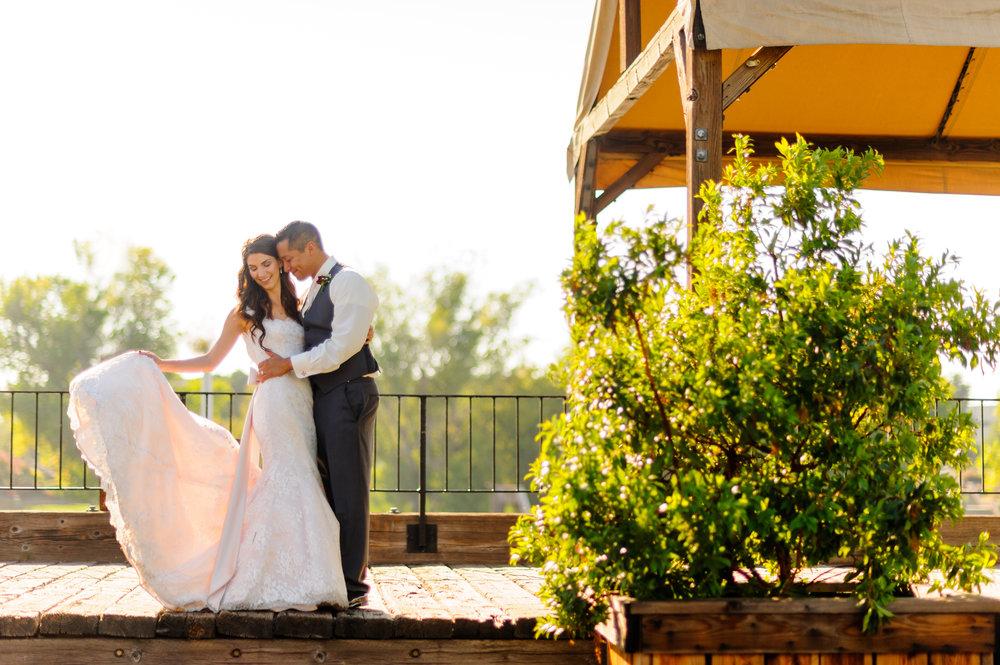 beth-mark-021-courtyard-d'oro-old-sacramento-wedding-photographer-katherine-nicole-photography.JPG