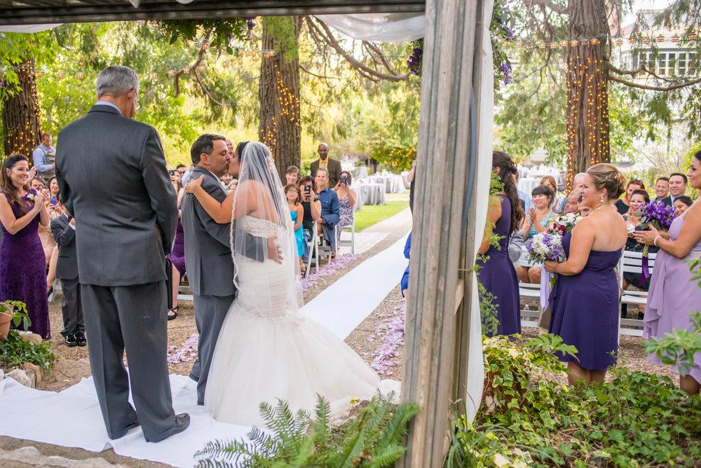 erika-seth-027-monte-verde-inn-sacramento-wedding-photographer-katherine-nicole-photography.JPG