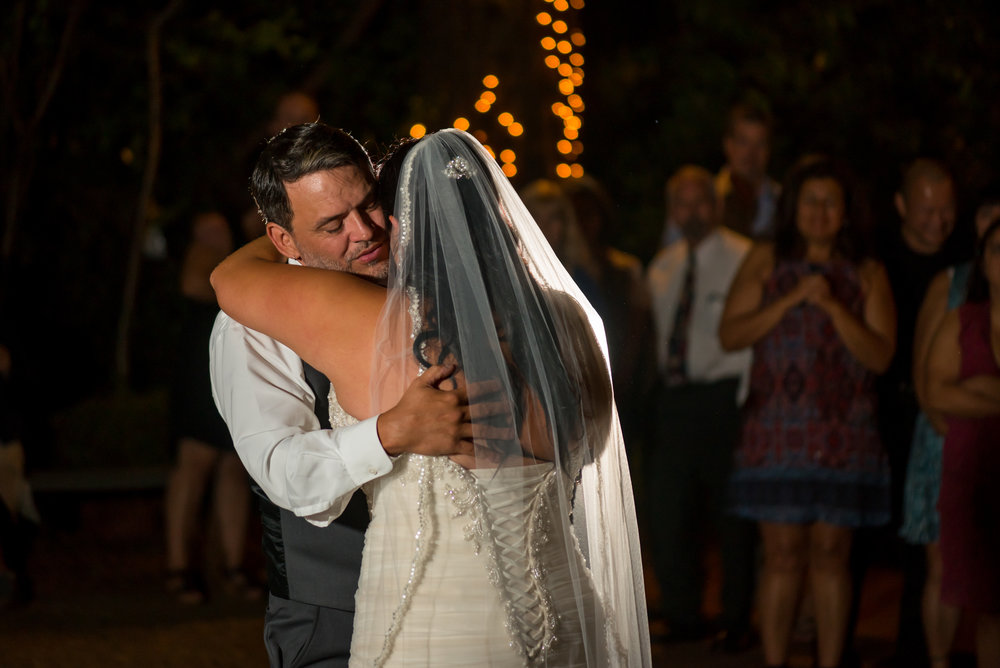 erika-seth-040-monte-verde-inn-sacramento-wedding-photographer-katherine-nicole-photography.JPG