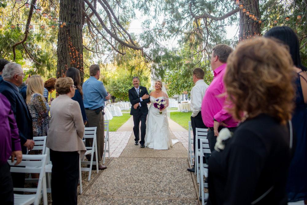 kara-craig-030-monte-verde-inn-sacramento-wedding-photographer-katherine-nicole-photography.JPG