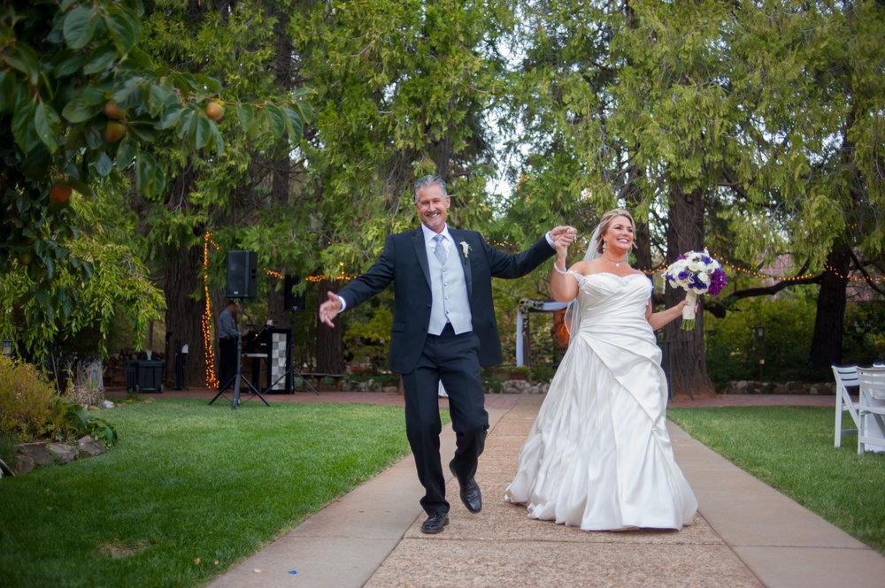 kara-craig-041-monte-verde-inn-sacramento-wedding-photographer-katherine-nicole-photography.JPG