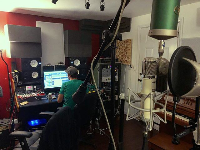 Wrapping up the upcoming release by @wefoundamap to be released later this year. #Vocals #bluemicrophones #analog #recording #newmusic #skatepunk