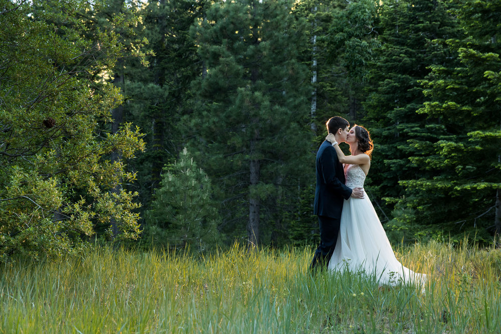 lake-tahoe-wedding-photographer-photography-granlibakken-tahoe-city-north-forest