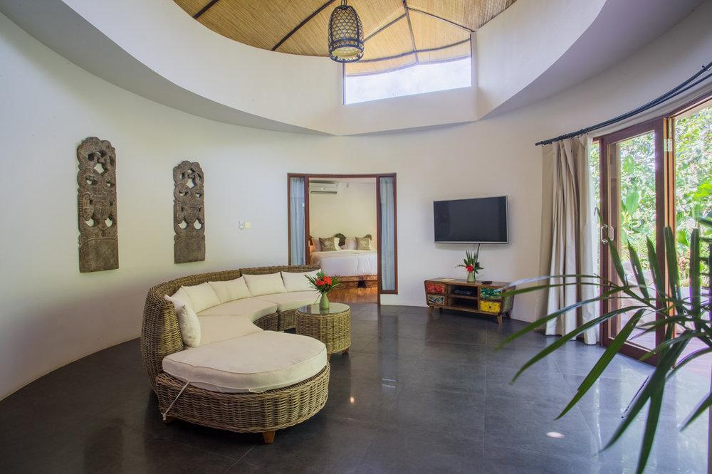 2bedvilla-lounge01.jpg