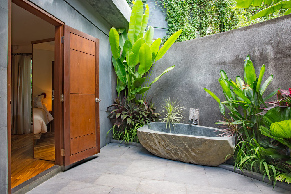 2bedvilla-bath02.jpg