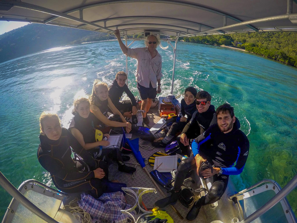 Prof. Bellwood and students from the Evolution and Ecology of Reef Fishes class on a field trip at Orpheus Island, GBR. ©Gemma Molinaro.