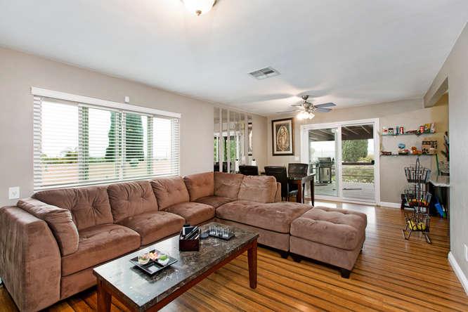 1106 Paraiso Ave Spring Valley-small-006-4-1106 Paraiso Avenue-666x444-72dpi.jpg