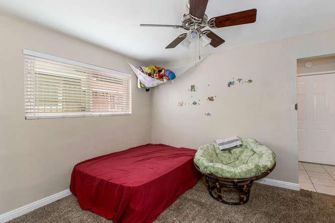1106 Paraiso Ave Spring Valley-small-023-15-1106 Paraiso Avenue-666x444-72dpi.jpg
