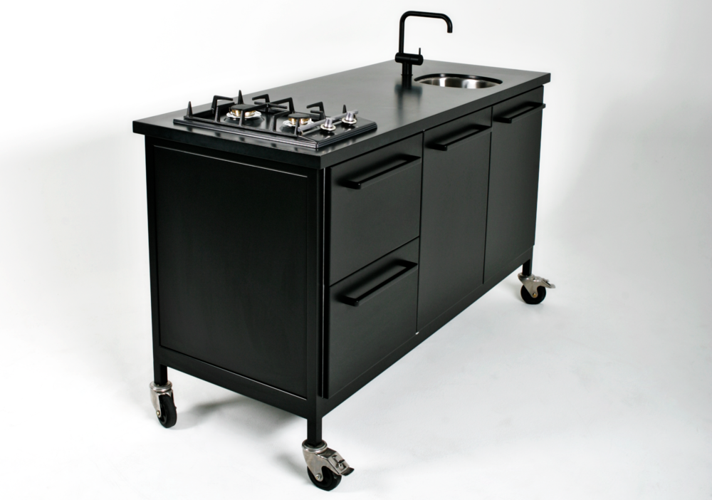 land Travel Kitchen Black Cph Square 01.png