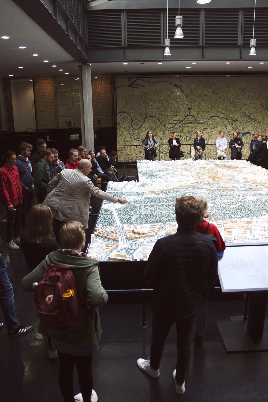 modell av berlin.jpg