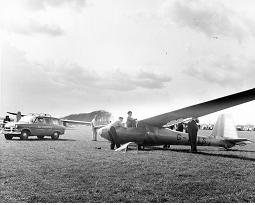 tn-Oly-419-prototype-at-Lasham-1958.jpg