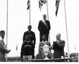 tn-Prize-giving-St-Yan-1956-Nick-Goodhard-and-Frank-Foster.jpg