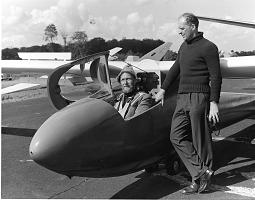 tn-Tony-and-Nick-Goodhart-with-a-Skylark-3-1957.jpg