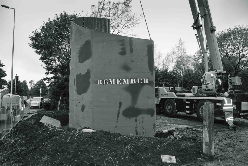 DP_Structures_War_Memorial_install_BW07_1.JPG
