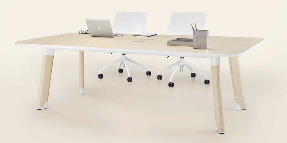 Jones-and-Partners-Diva-office-furniture-7.jpg