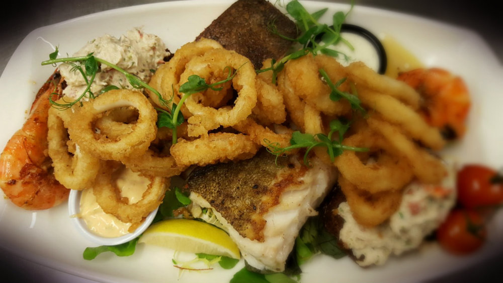 seafood_platter_BLURRED.jpg