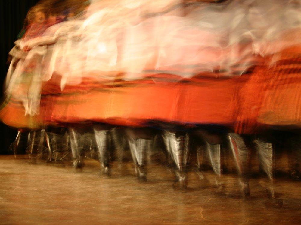 2005 REGÖS Ungarisches Folklore Ensemble  FRAUENREIGEN  aus IMREG