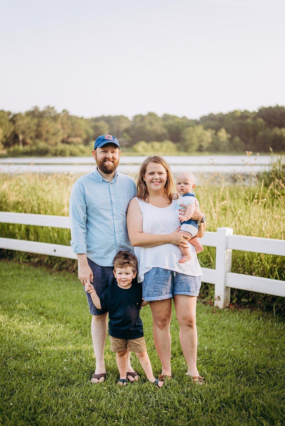 family of 4 portrait Lake Acworth Cauble Park