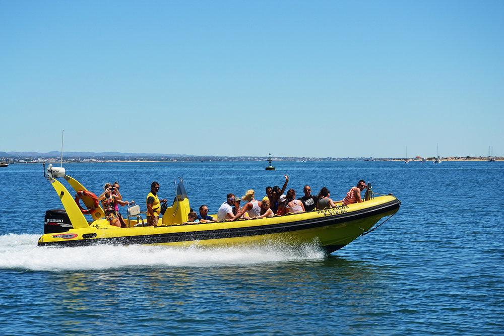 Speedboat_Ilha_Deserta.jpg