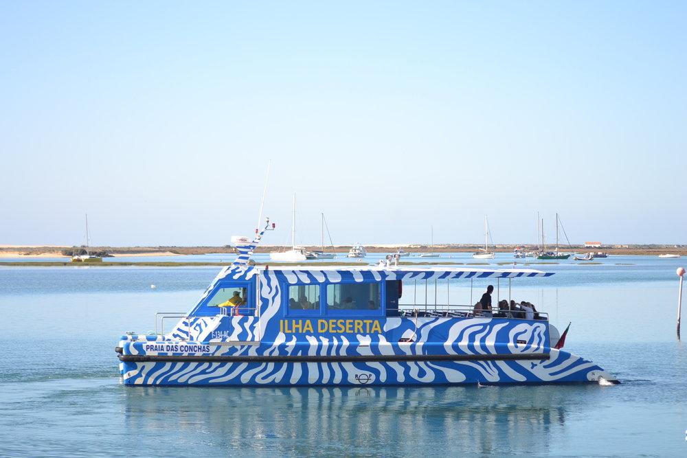 Ferry_Ilha_Deserta.JPG
